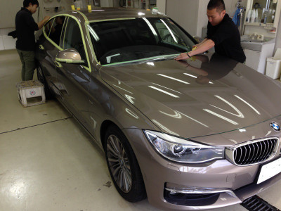 【プレミアムガラスコーティング】BMW320i