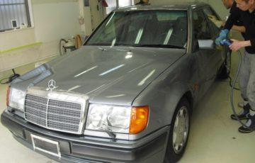 コーティングを施工する前の1992年式 メルセデス ベンツ500E(W124)