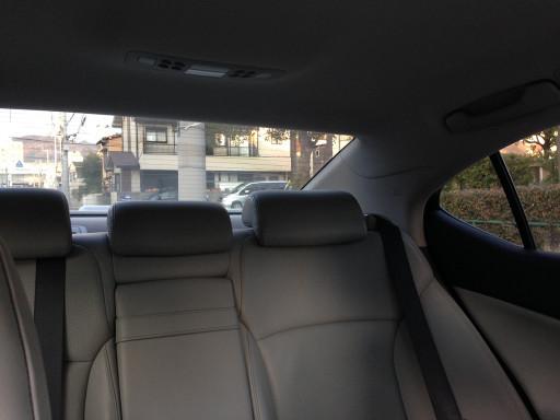 クアンタム19を施工したLEXUS。車内からの視界は良好。