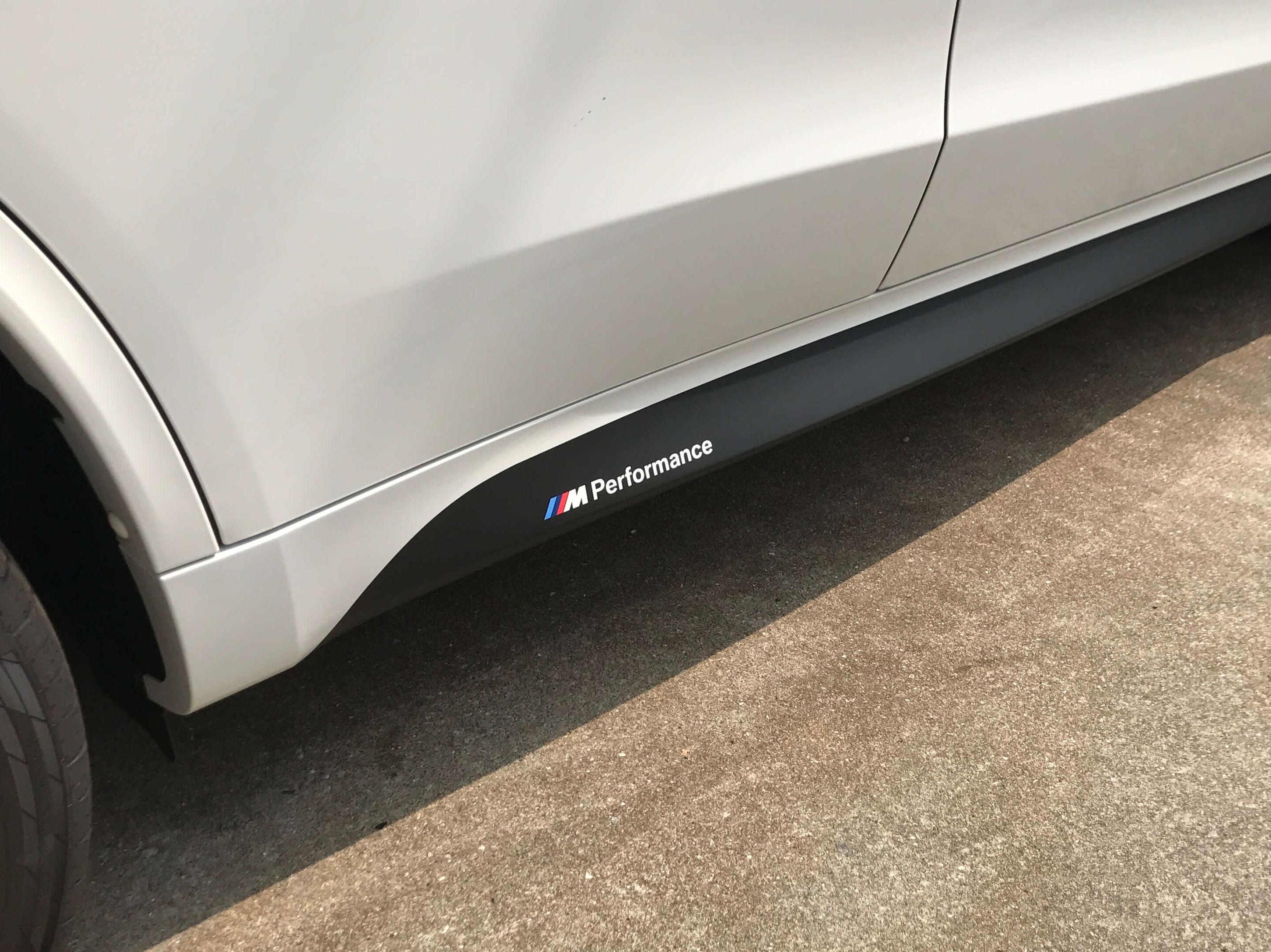 BMW_X5にPerformanceステッカーを貼ったあと