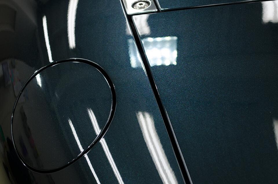 コーティングによって新車のようなボディになったMAZDA ROADSTER NC型