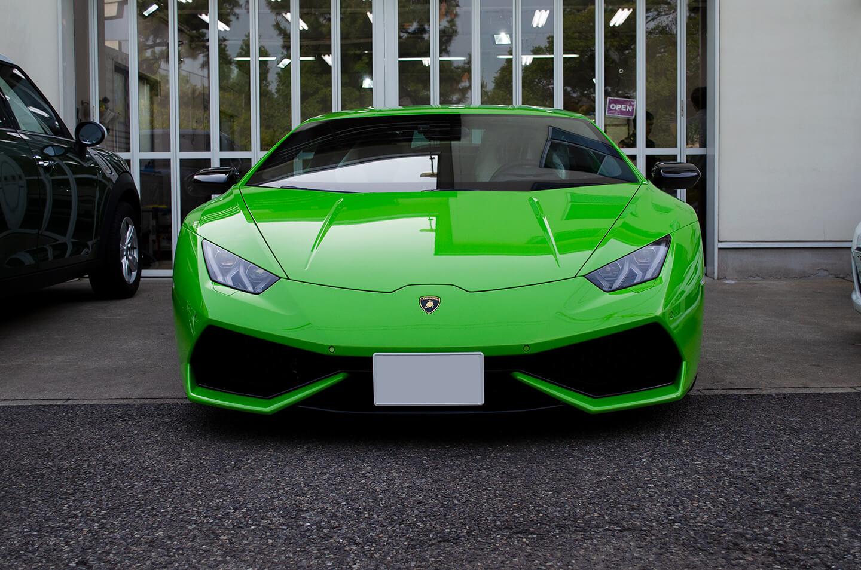 Lamborghini HURACÁN COUPÉ LP 610-4 ドアミラーにラッピングを施工した後