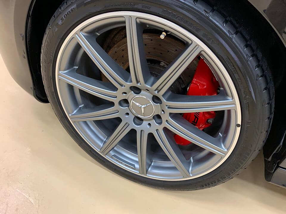コーティングを施工して綺麗になったMercedes-AMG E63 S 4MATIC のホイール