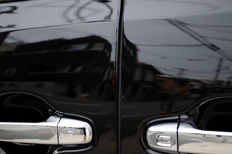トヨタ ヴェルファイア(202ブラック)のドアハンドル・ドアエッジにプロテクションフィルムを施工しました。