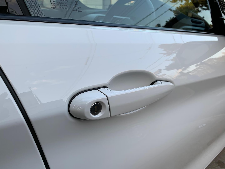 BMW 420i(F36)のドアハンドルにプロテクションフィルムを施工しました