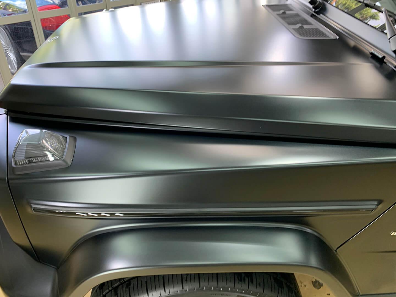 Mercedes-AMG G63 エディションマットブラックにコーティングを施工しているところ