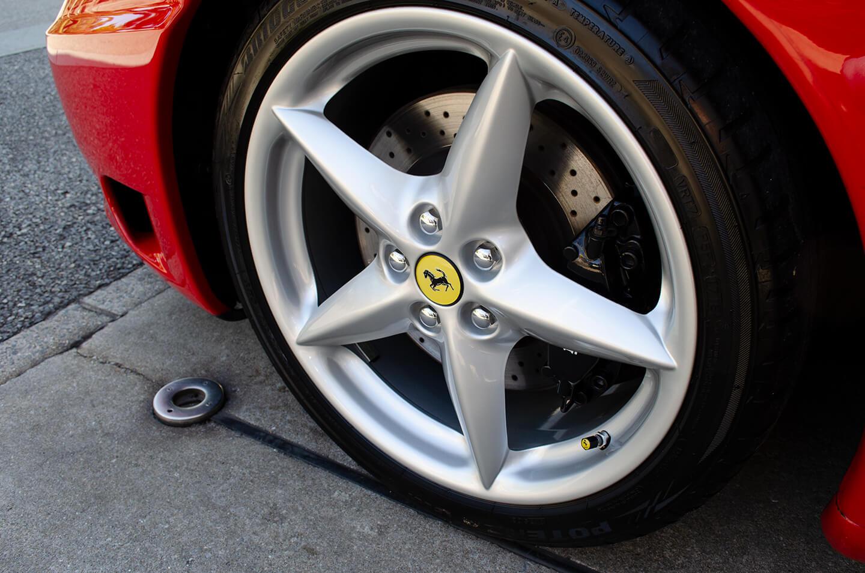 コーティングを施工した360モデナ(フェラーリ)のホイール