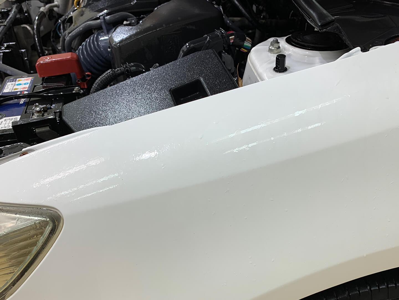 コーティングを施工する前のH21年式 TOYOTA AXIO スーパーホワイト2