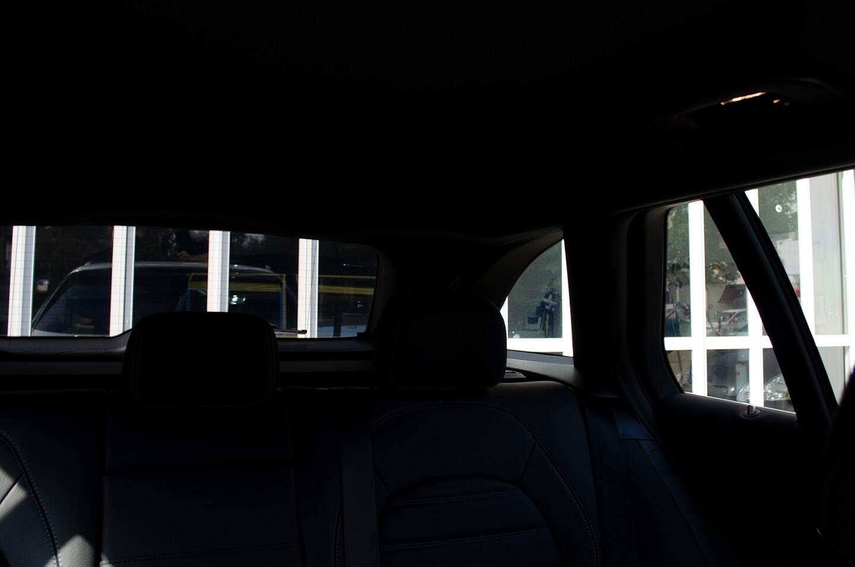クアンタムフィルムを施工したメルセデス ベンツ C200dの車内からの視認性