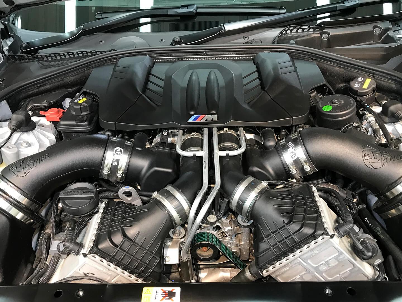 BMW M6 F13 のエンジン