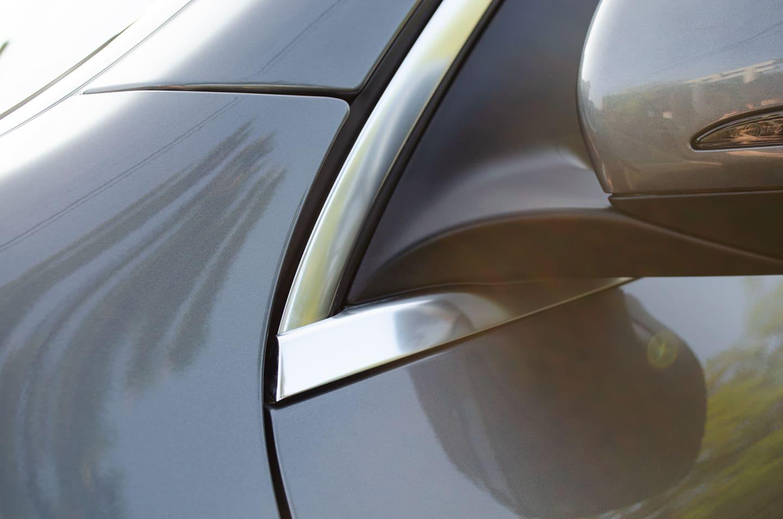 メッキモール磨きを施工したメルセデス ベンツ GLC200