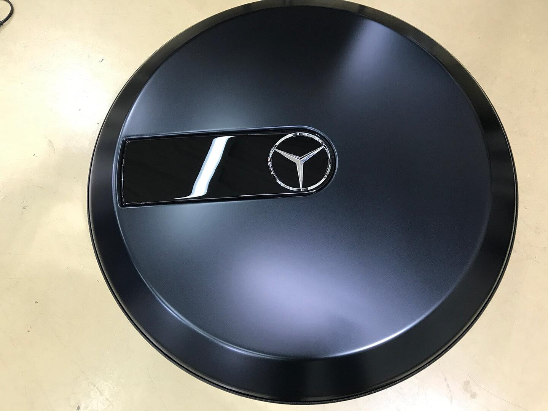 メルセデス AMG G63 エディション マットブラックのタイヤカバー