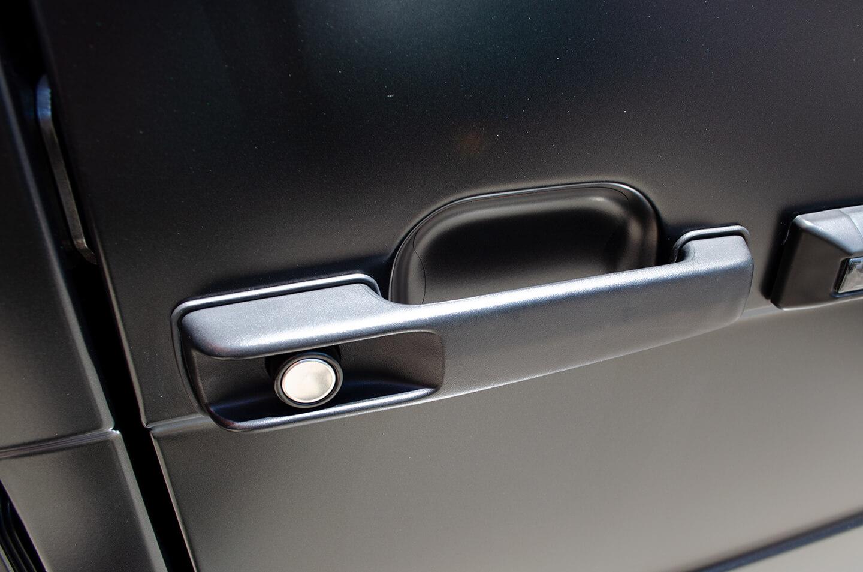 プロテクションフィルムを施工したメルセデス AMG G63 マットブラックのドアハンドル