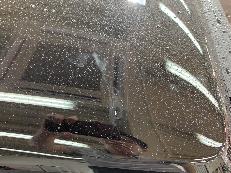 メルセデス AMG G63 オブシディアンブラックのコーティング前のボディ