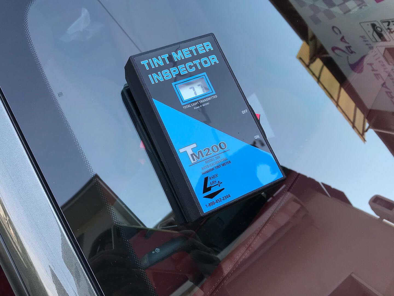 フロントガラスに透明断熱フィルムを施工したポルシェ 911 (992)