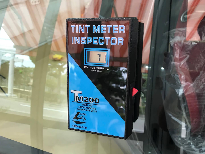 透明断熱フィルムを施工したアバルト 595