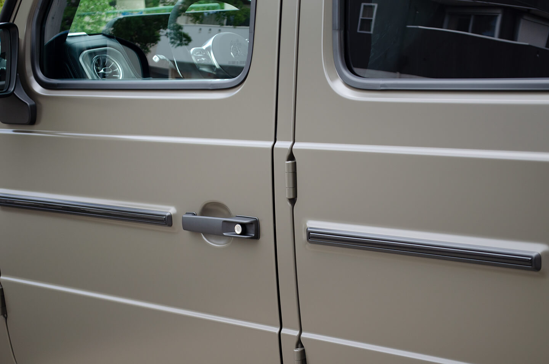 プロテクションフィルムを施工したMercedes-AMG G63 manufaktur Edition のドアハンドルとドアエッジ