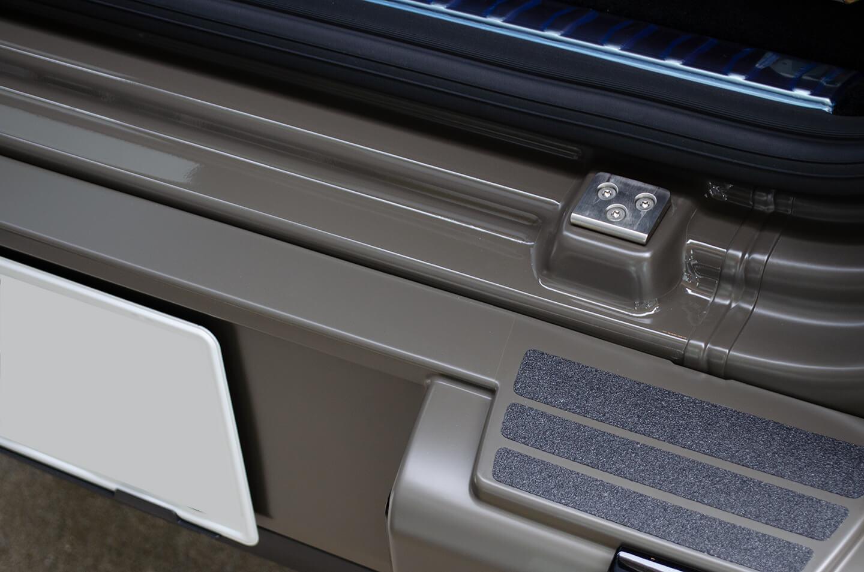 プロテクションフィルムを施工したMercedes-AMG G63 manufaktur Edition の リアバンパーゲートステップ