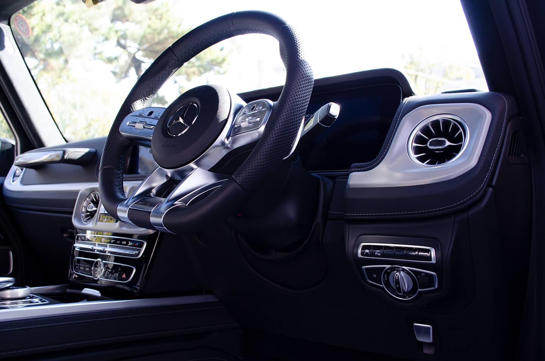コーティング施工したMercedes-AMG G63 マグノナイトブラックのステアリング・ダッシュボード周り